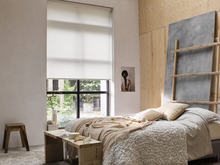 Bedroom Colour Scheme: Neutral Colours Like Soft Greys and Beige Combined With Light Wood Walls and Pallett Furniture