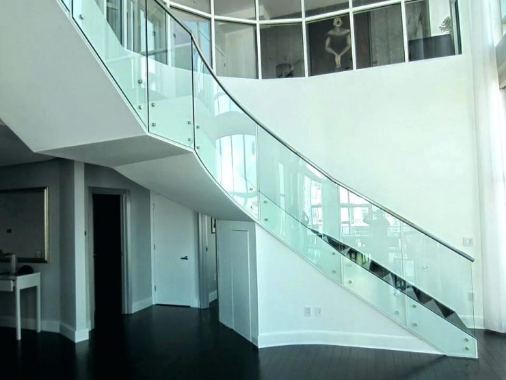 Contemporary Curved Stair Design