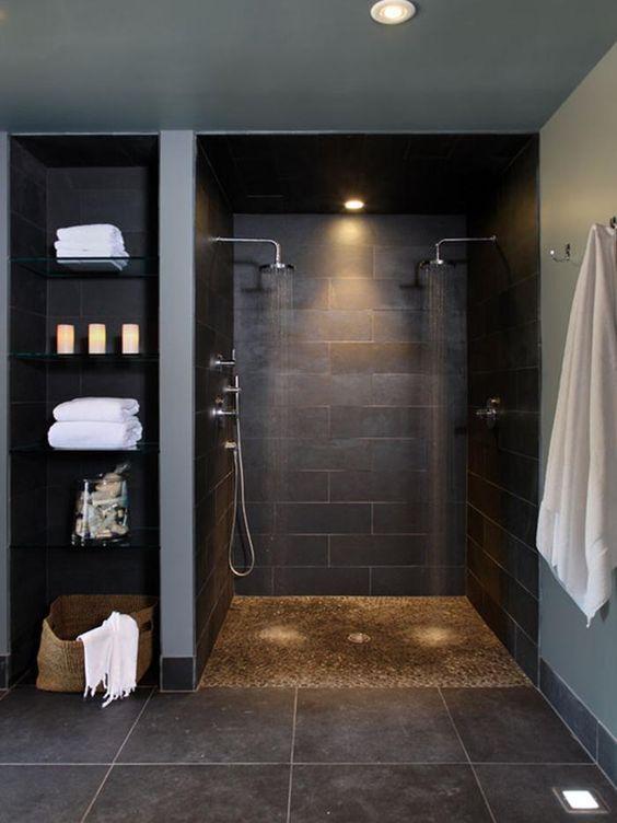 Doorless Shower for Two