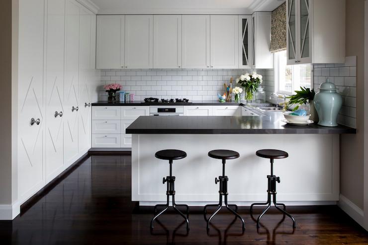 Tremendous 9 Kitchen Peninsula Ideas Housessive Pdpeps Interior Chair Design Pdpepsorg