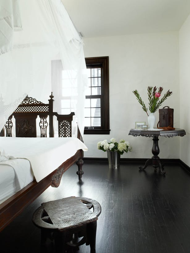 Moroccan Bedroom Decor: Dark Wooden Bed, Table and Bedside Table
