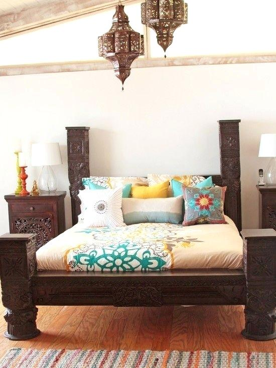 Moroccan Bedroom Decor: Heavy Half Poster Bed With Matching Nightstands