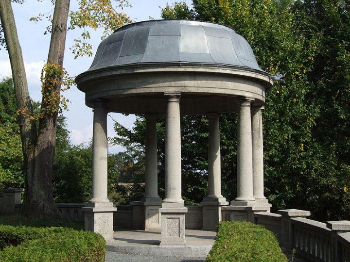 Classic Stone Garden Pavilion