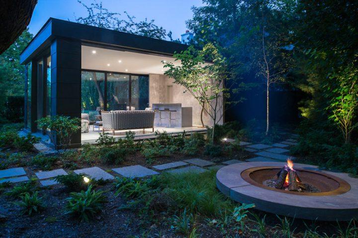 Modern Rectangular Pavilion