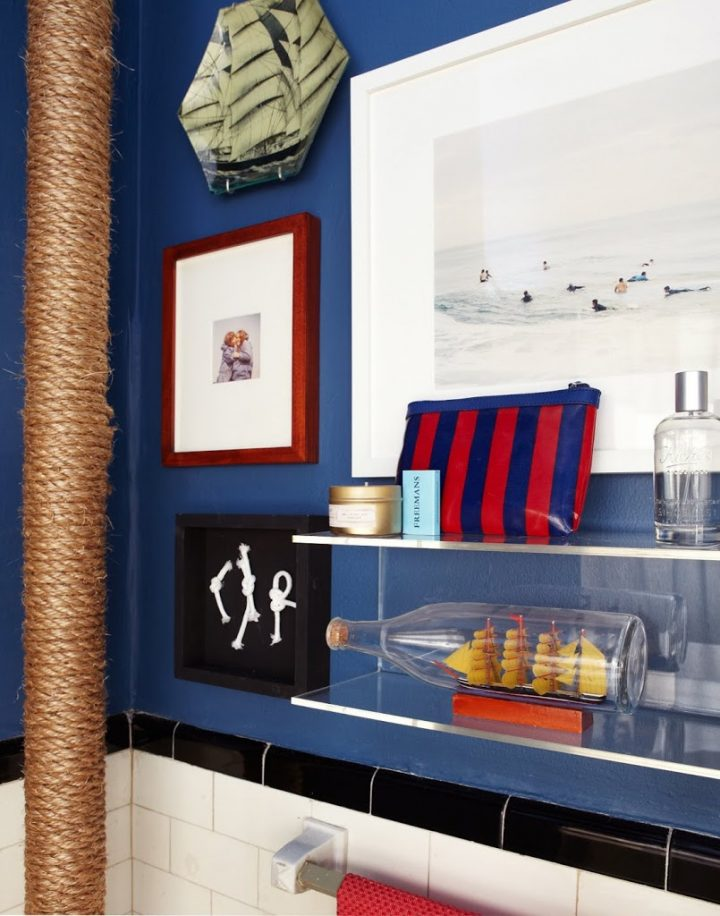Exposed Pipe Covered with Rope in Nautic-Themed Bathroom