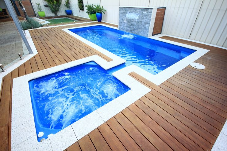 Whirlpool and Plunge Pool Combo