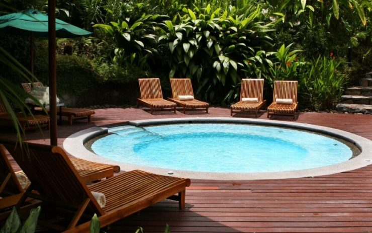 Circular Pool with a Ledge for Sitting