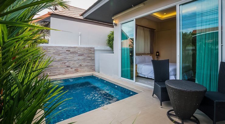Square Plunge Pool on Private Terrace off Bedroom