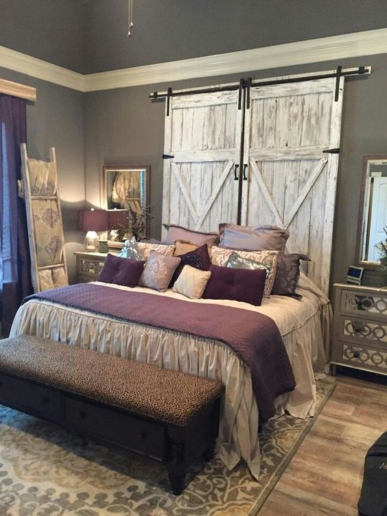 Rustic Bedroom Decoration: Barn Doors as Headboard for your Bed