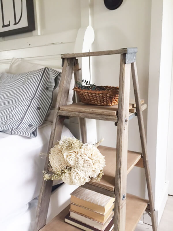 Rustic Bedroom Decoration: Old Ladder Reused As Three-Tiered Nightstand